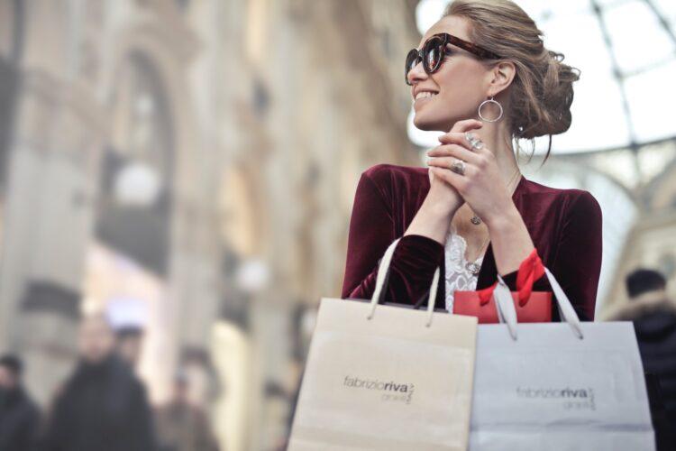 Kivijalasta verkkokauppaan - asiakkaiden toiveet ja odotukset muuttuvat